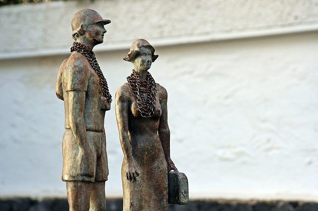 socha muže a ženy