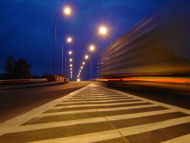 večerní provoz na dálnici