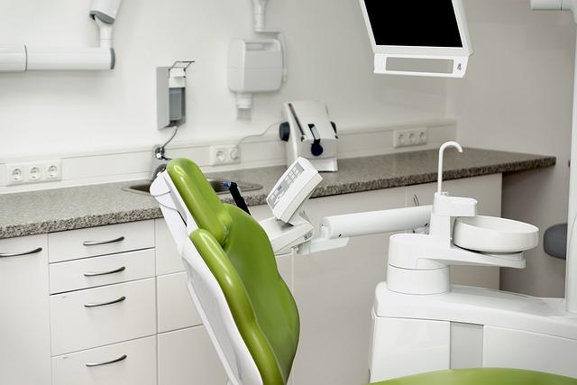 Proč zubní hygienu řada lidí podceňuje?